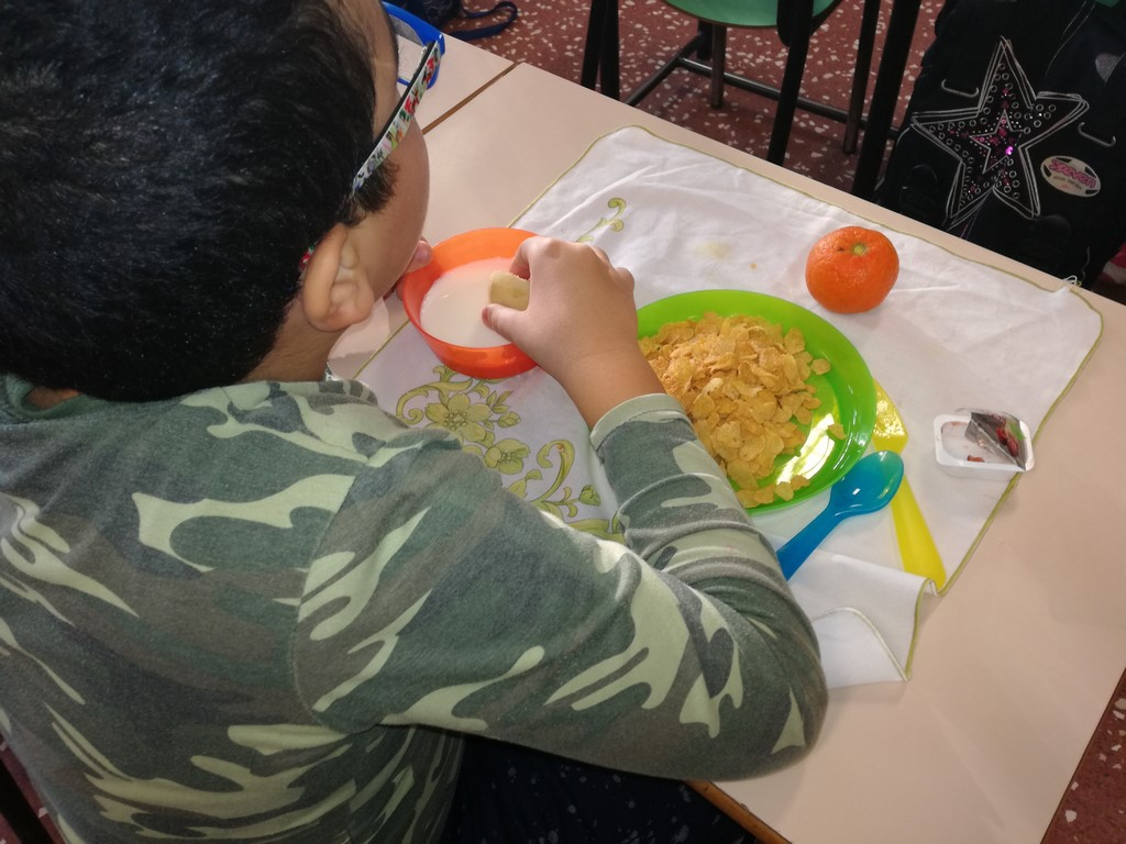Con i Breakfast Club di Kellogg e Croce Rossa, ogni giorno colazione gratuita a scuola | Emergency Live 6