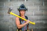 Francia, non chiamatele Pompieresse: la rivolta delle donne contro la storpiatura di genere dei Vigili del Fuoco