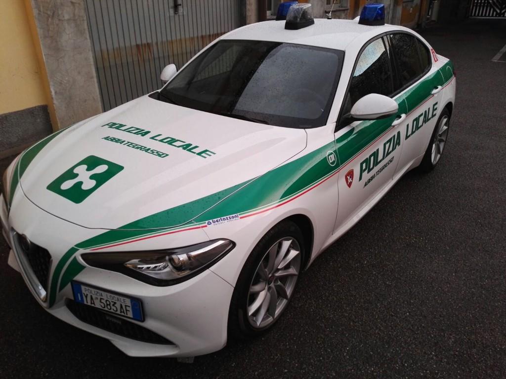 Polizia Locale Reparto Trasporto Organi Abbiategrasso Crea Il Primo