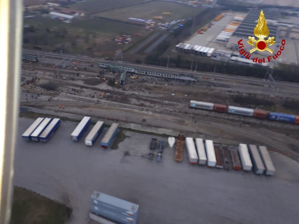 Incidente ferroviario a Pioltello, numero vittime da confermare, finite le operazioni di recupero | Emergency Live 17