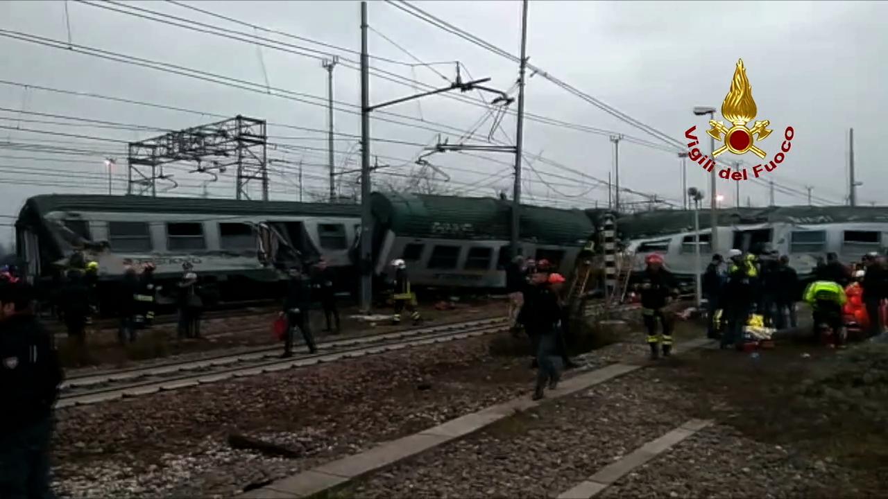 Incidente ferroviario a Pioltello, numero vittime da confermare, finite le operazioni di recupero | Emergency Live 22
