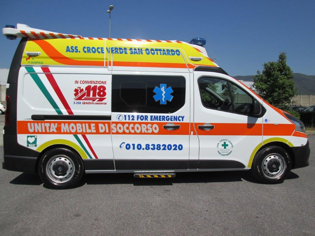 Anche l'ambulanza nel Business Booster Tour di Renault | Emergency Live 13