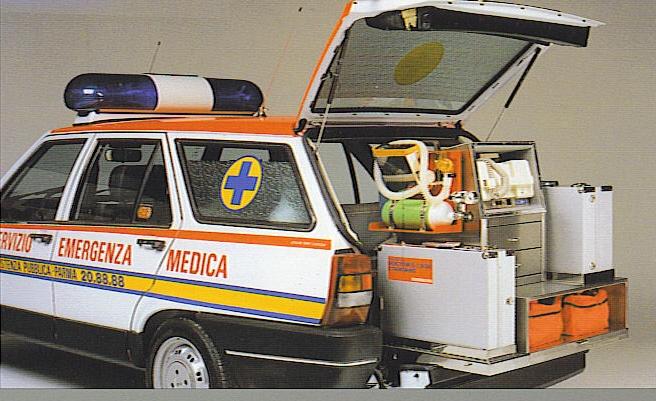 baule automedica con attrezzature medicali ospedaliere