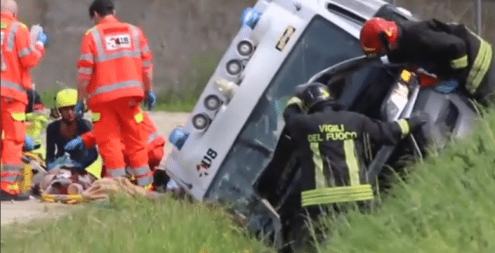 incidente ferrara ambulanza