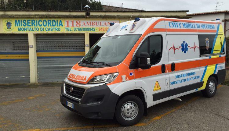 La-nuova-ambulanza-della-Misericordia-di-Montalto
