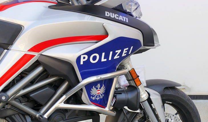 La Österreich Bundespolizei si tinge di azzurro grazie alle Ducati Multistrada di Bertazzoni Veicoli Speciali | Emergency Live 7