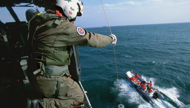 Operatore_di_volo_della_Guardia_Costiera