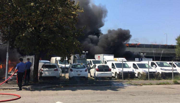 Incendio Peugeot 4