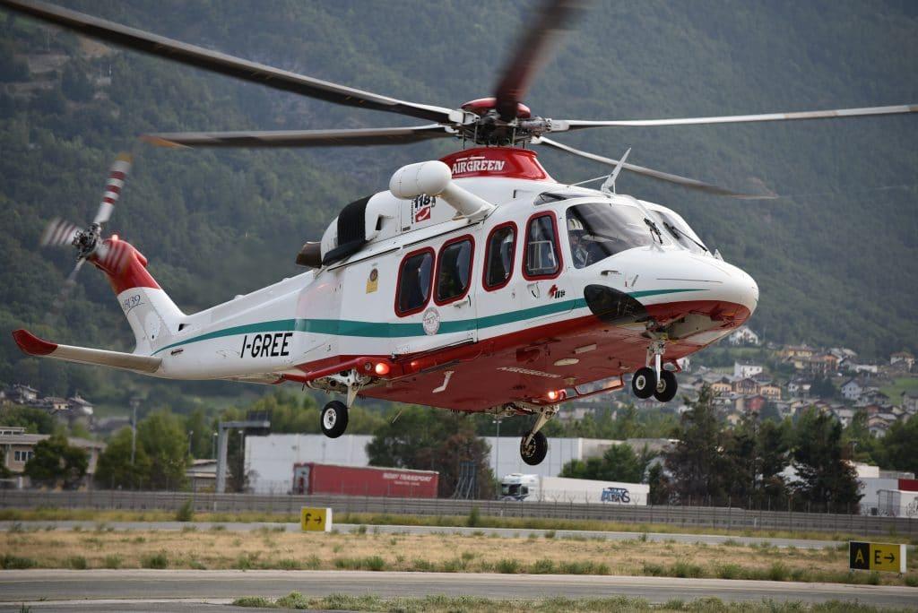Buongiorno Sierra-Alpha 1! In volo con l'elisoccorso Valdostano | Emergency Live 23