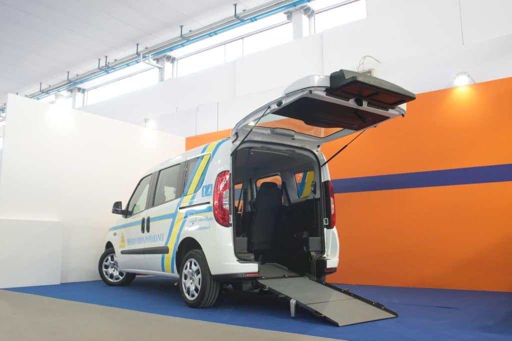 Ambulanze, cosa c'è stato di veramente nuovo a REAS? | Emergency Live 12