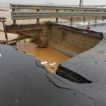 Maltempo in Sardegna - Una donna è dispersa e un ponte crolla | Emergency Live 1