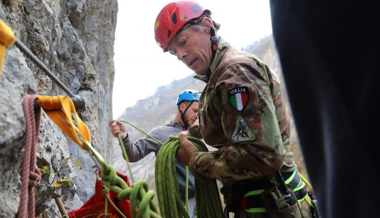 Addestramento per il Soccorso Alpino: guarda le foto da Saved Souls 2018 in Kosovo con gli Alpini | Emergency Live 7