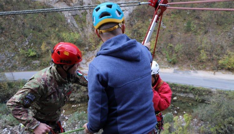 Addestramento per il Soccorso Alpino: guarda le foto da Saved Souls 2018 in Kosovo con gli Alpini | Emergency Live 1