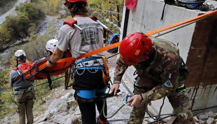Addestramento per il Soccorso Alpino: guarda le foto da Saved Souls 2018 in Kosovo con gli Alpini | Emergency Live 4