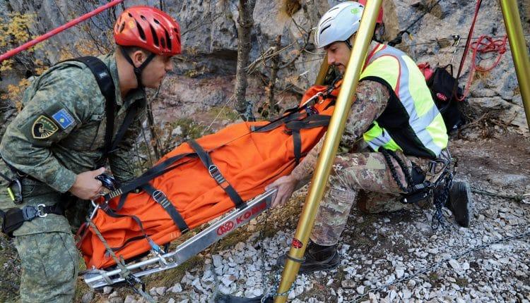 Addestramento per il Soccorso Alpino: guarda le foto da Saved Souls 2018 in Kosovo con gli Alpini | Emergency Live 6