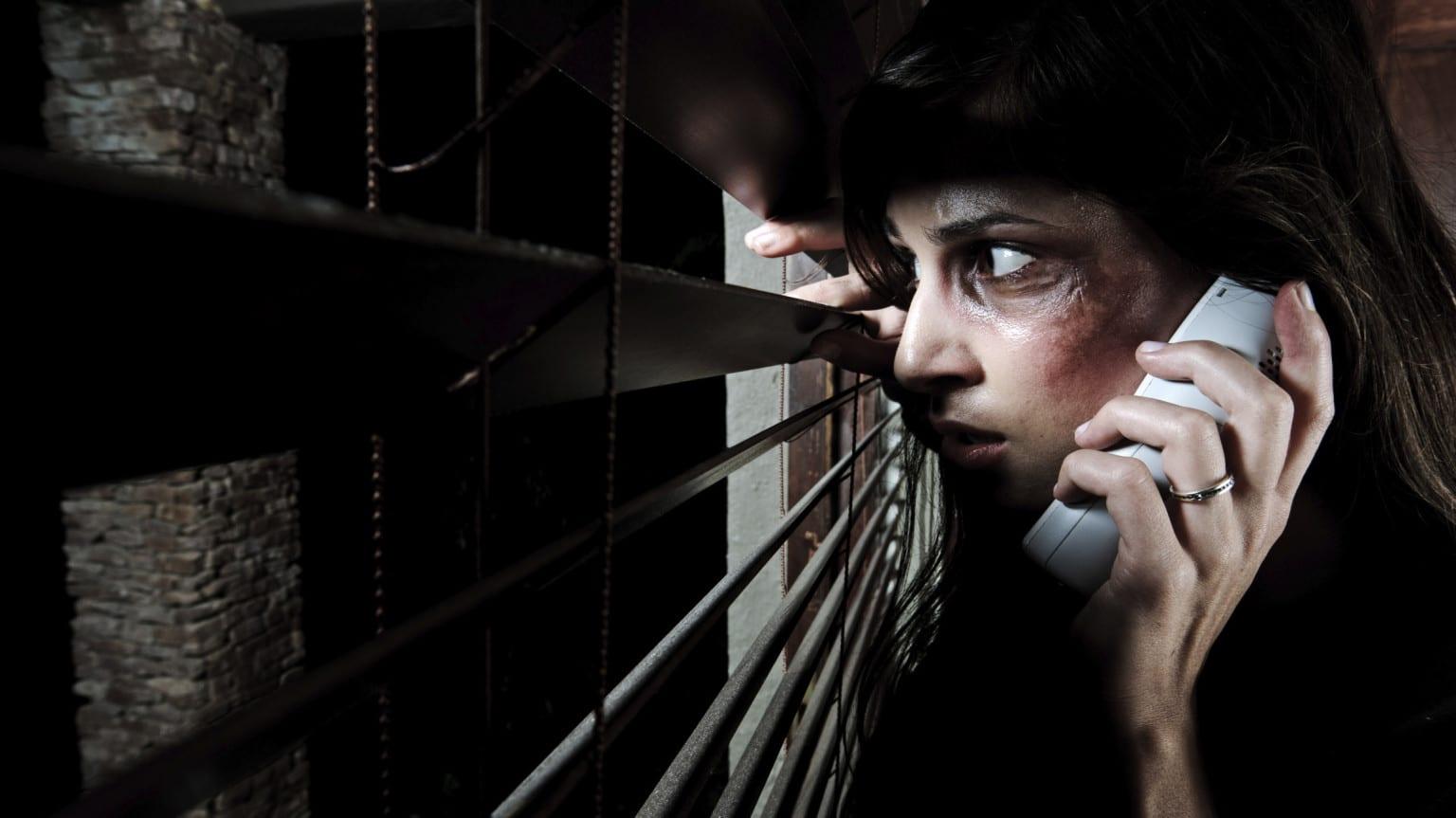 datazione di una vittima di abuso emotivo