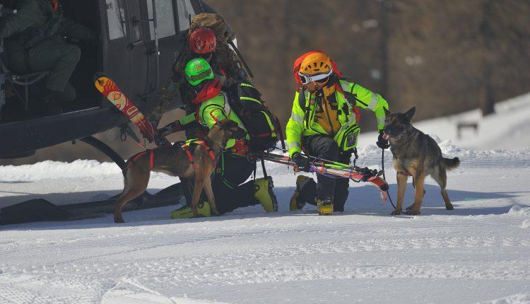 Alpini, Soccorso in montagna e prove speciali per i CASTA 2019 | Emergency Live 8