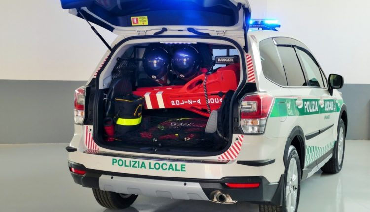baule stivato Forester polizia locale