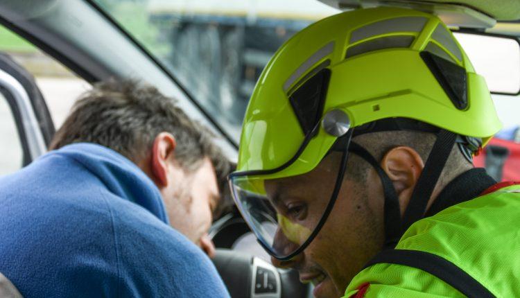 Protezione sempre in testa: come scegliere il caschetto da soccorso? | Emergency Live 2
