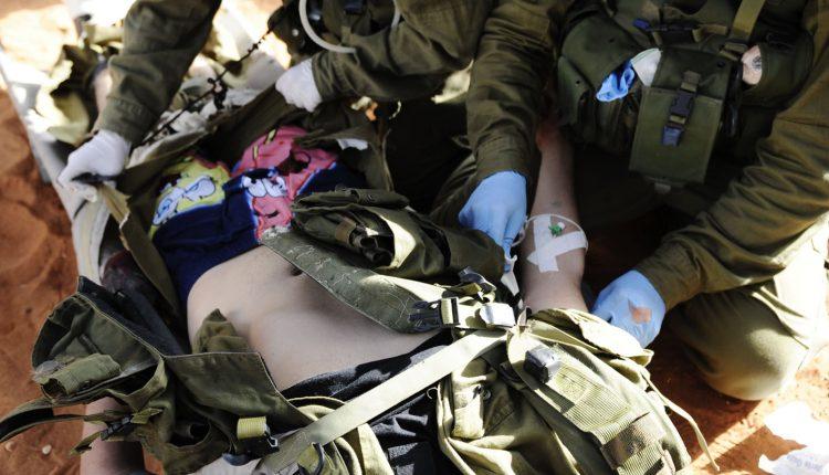 Il personale militare sanitario della Croce Rossa Italiana in Convegno a Pozzuoli   Emergency Live 2