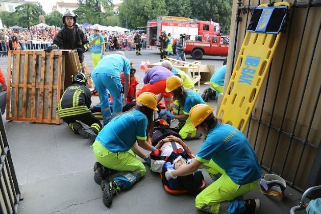 La Protezione Civile di Sesto Fiorentino scende in piazza   Emergency Live 2