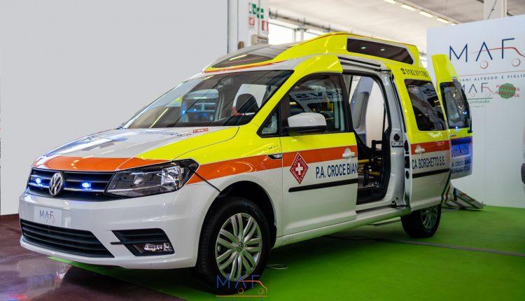 Interni-Volkswagen-Caddy-Maxi-Trasporto-Disabili
