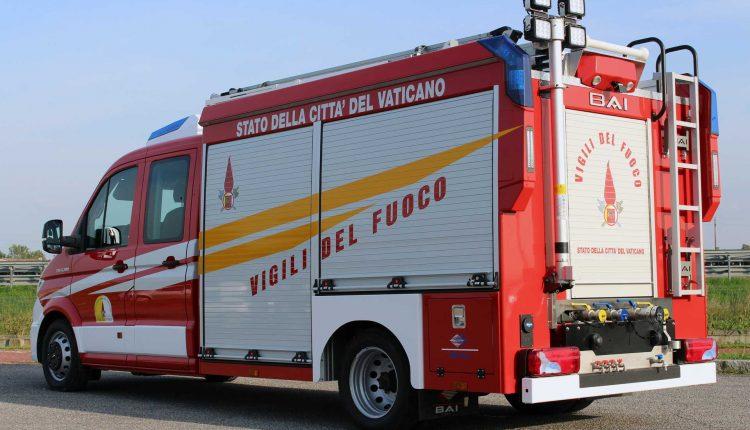 MAN-TGE_Vigili-del-Fuoco-Vaticano_2