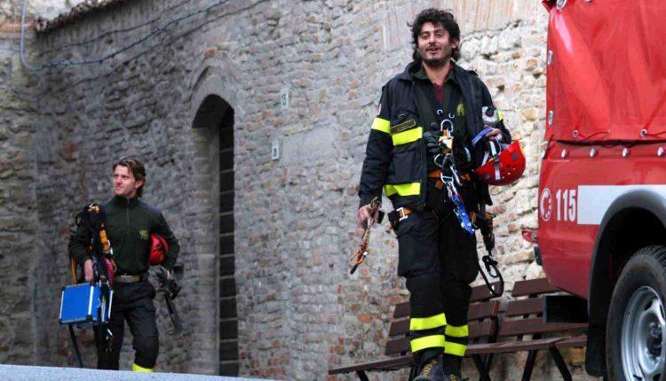 Vigili del Fuoco in lutto, il COVID-19 ci ha strappato anche Lorenzo Facibeni: aveva solo 52 anni   Emergency Live 14
