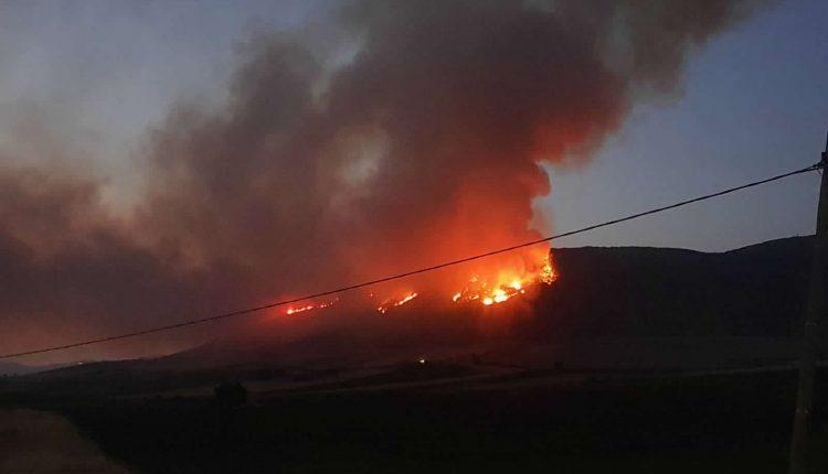 Incendi boschivi in Sicilia nel 2020, l'Aeronautica traccia un bilancio: 466 sganci per 350mila litri di acqua | Emergency Live 4