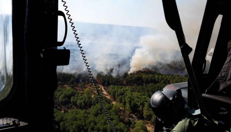 Incendi boschivi in Sicilia nel 2020, l'Aeronautica traccia un bilancio: 466 sganci per 350mila litri di acqua | Emergency Live 5