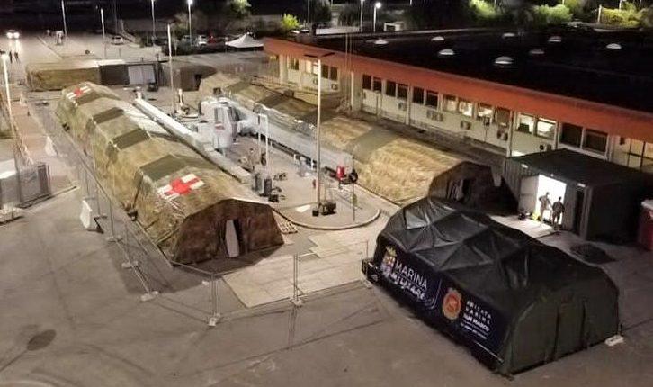 COVID-19, Posto Medico Avanzato all'Ospedale di Barletta: la Marina Militare allestisce PMA per i cittadini pugliesi | Emergency Live 7