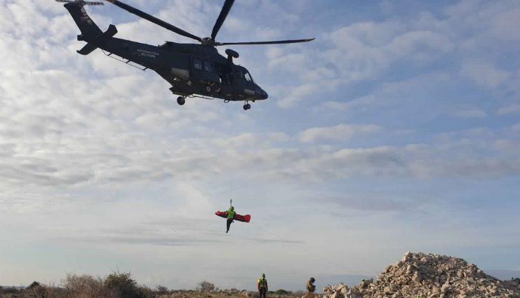 Operazioni HEMS, in Sicilia addestramento congiunto di Aeronautica Militare e Soccorso Alpino CNSAS 5
