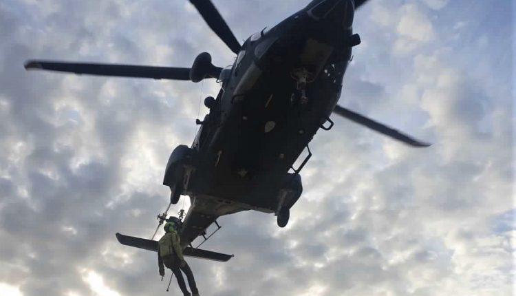 Operazioni HEMS, in Sicilia addestramento congiunto di Aeronautica Militare e Soccorso Alpino CNSAS 8