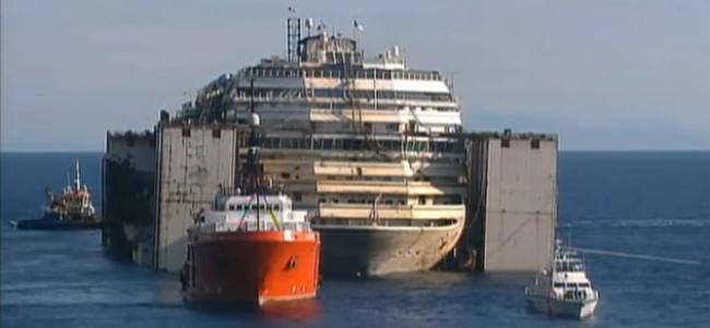 Costa Concordia, the towing operation LIVE
