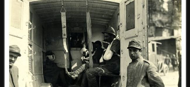 The Ambulance in the First World War