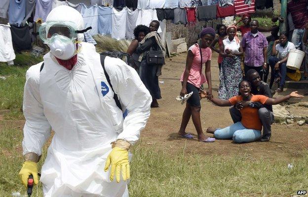 Ebola crisis: Obama urges Congress to approve aid