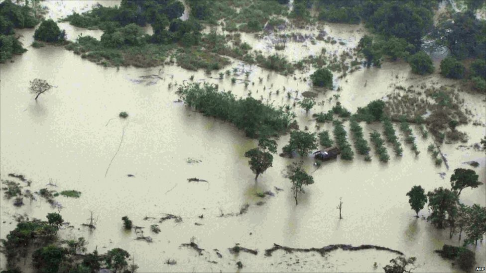 60.000 evacuated and 1.900 home destroyed in Sri Lanka flood