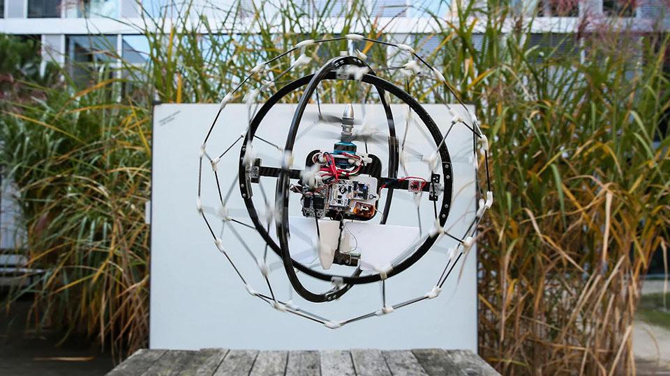 flyability-rescue-drone-2015-02-09-02