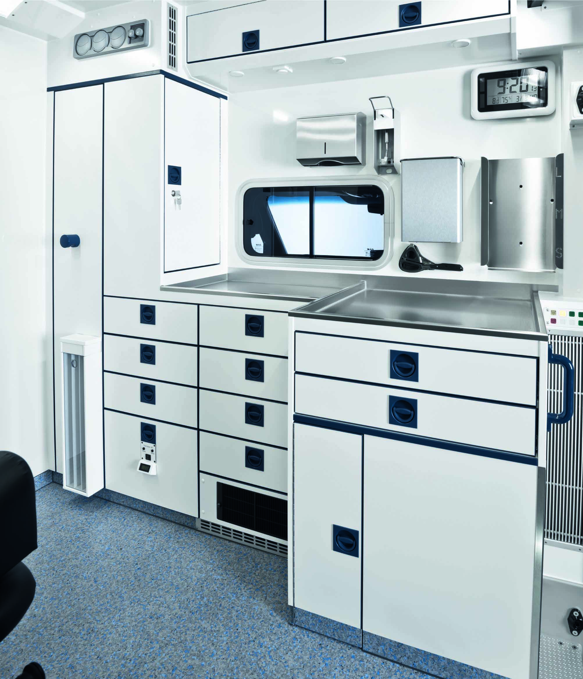 WAS_500_A+E_partition_wall_cabinets