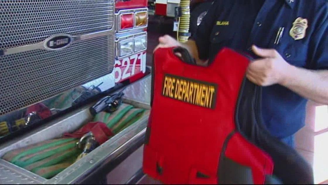 img-Soledad-firefighters-begin-wearing-bullet-proof-vests