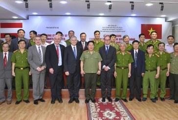 Austrian Federal Minister Alois Stöger inaugurates Fire Brigade Dispatch Center in Vietnam