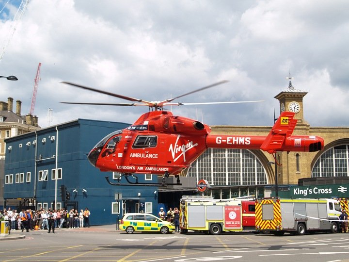 london_air_ambulance_g-ehms_1
