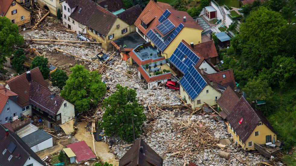 Flood Claims Rescuer and Victim in Germany