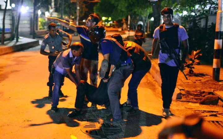 Bloody night in Dhaka – ISIL men burst into a restaurant killing who did not know Koran verses