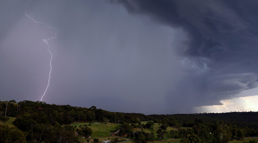Thunderstorm Asthma affects Australia – Dead toll and up to 8,500 people hospitalized