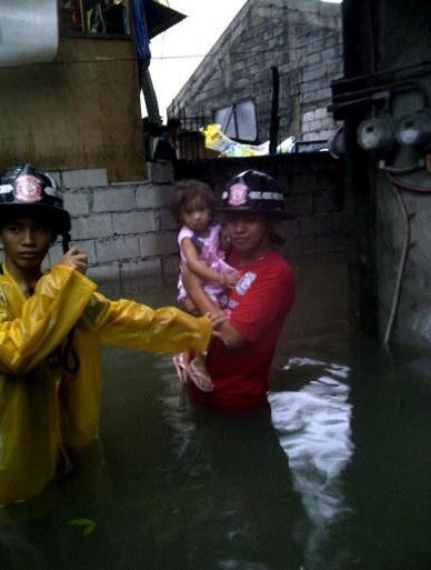Emergency Live | Brigada Voluntária de Bombeiros e Resgate Pateros das Filipinas - aniversário de 10 anos image 21