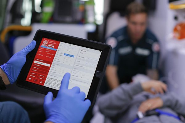 New iPAD app for paramedics: perform better with ePCR!
