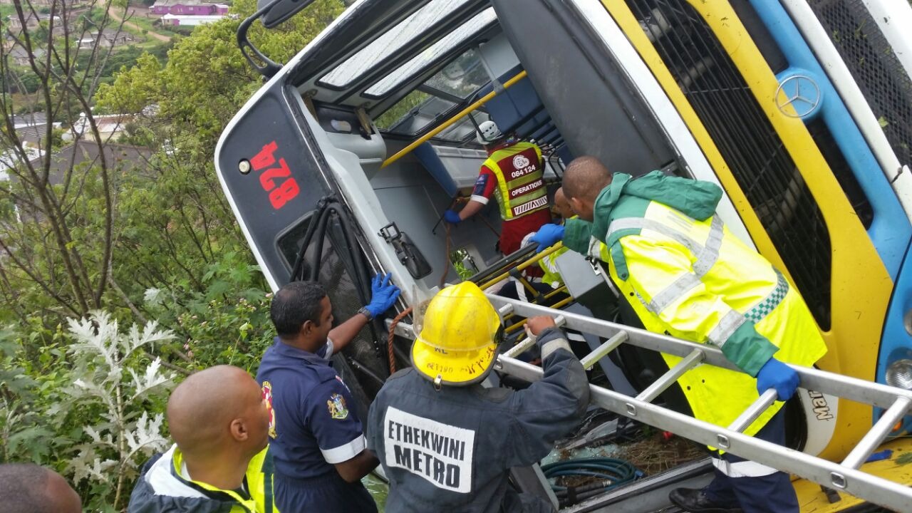 RSA – Update from the Bus crash on the M1 (GALLERY)
