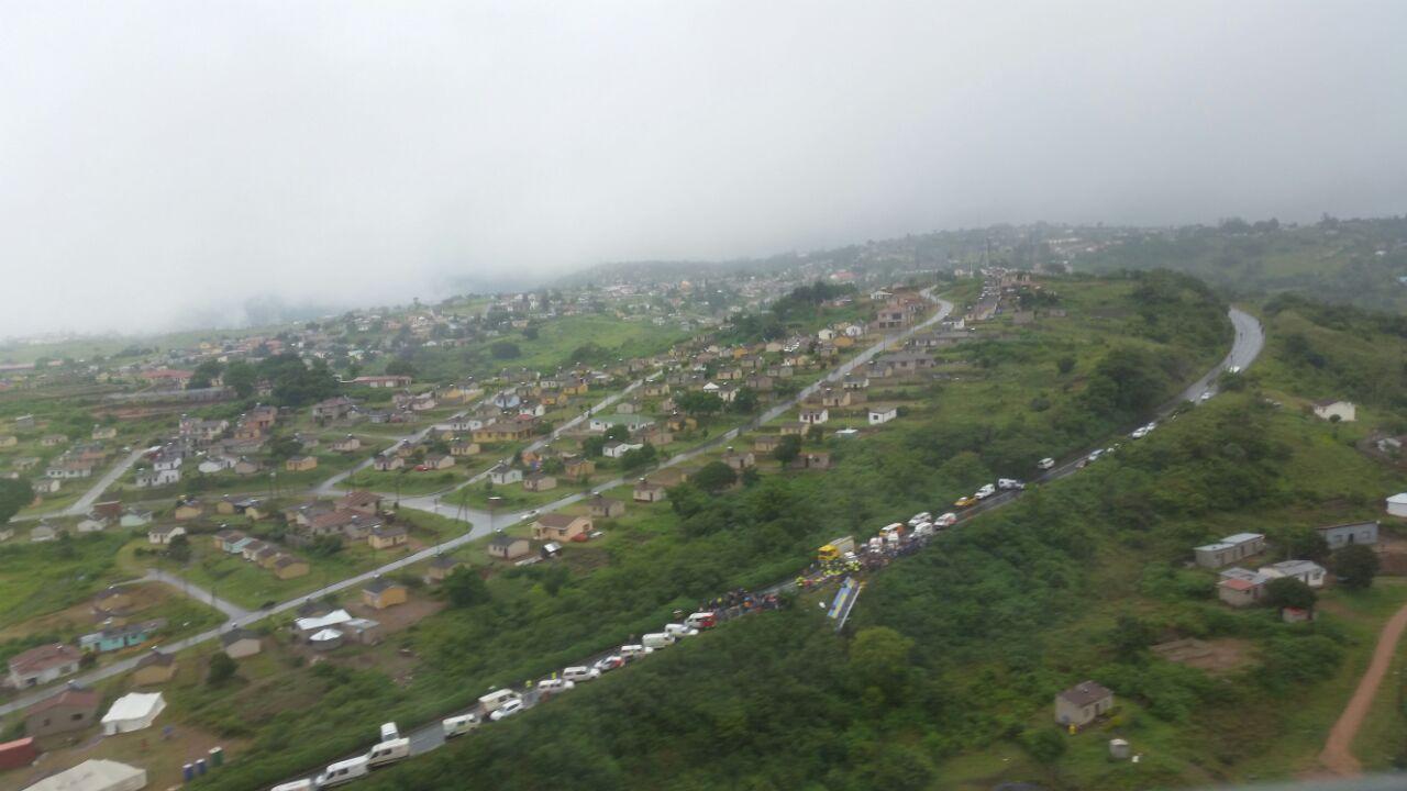 Emergency Live | RSA - Atualização do acidente de ônibus na M1 (GALERIA) imagem 16