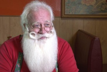 Terminally Ill 5-Year-Old Boy Dies in Santa's Arms